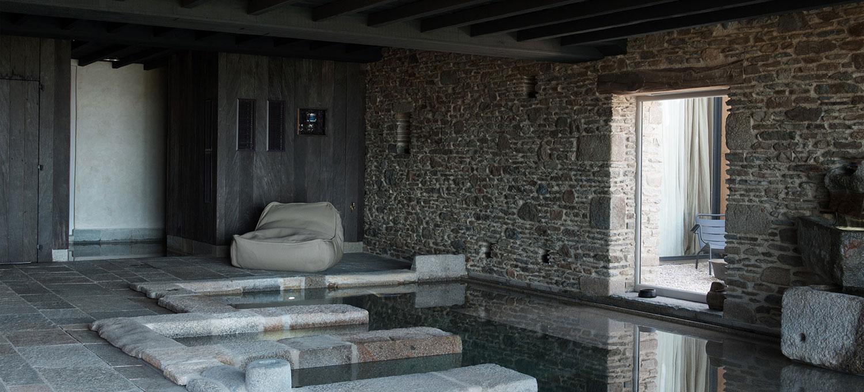 Piscine Évolution ferme du vent sauna